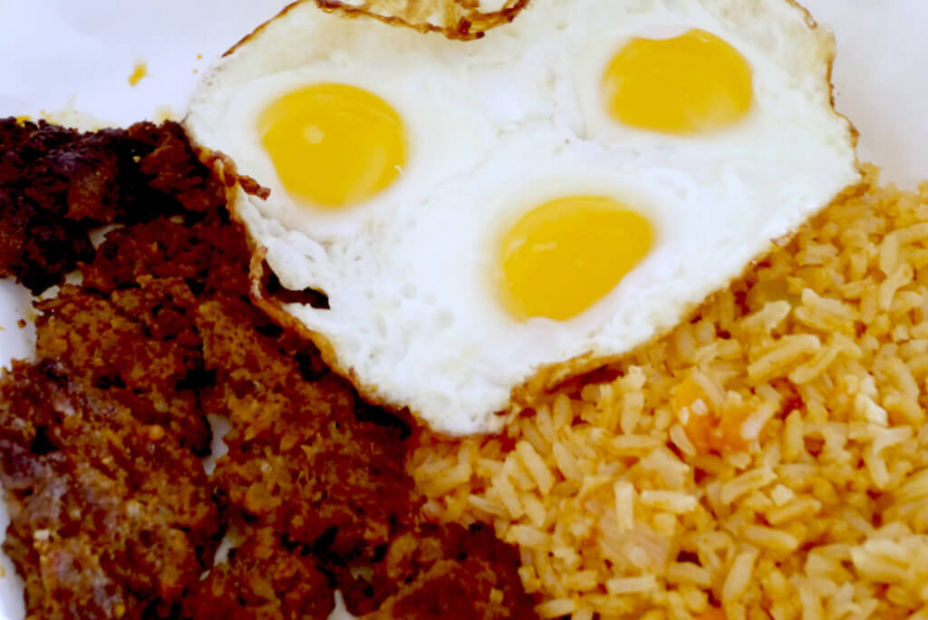 chorizo-and-three-eggs-and-spanish-rice-breakfast_2020