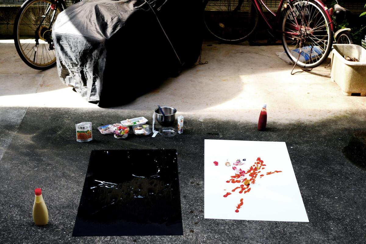 Creating artwork by mayonnaise and ketchup on the yard in Hiroshima Japan